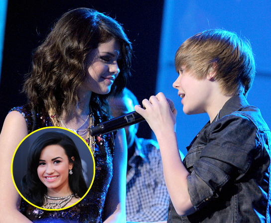 http://www.hollywoodlife.com/wp-content/uploads/2010/01/010410_JustinBeiber_DemiLovato_post544_91122A1_LOVATO_B-GR_09.jpg
