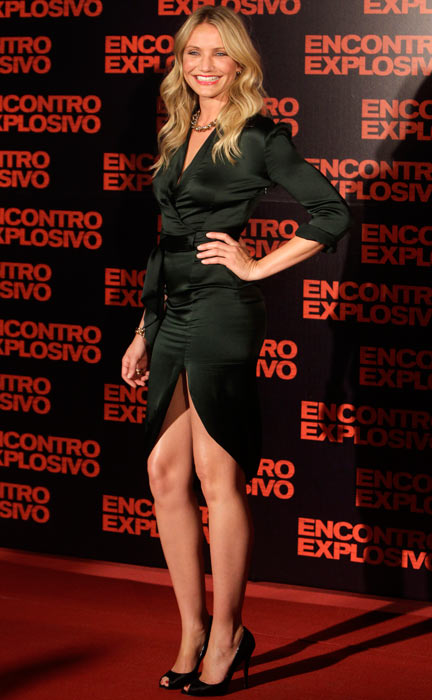 US actress Cameron Diaz poses during the premiere of her new film 'Knight and Day' in Rio de Janeiro, Tuesday, July 6, 2010. (AP Photo)