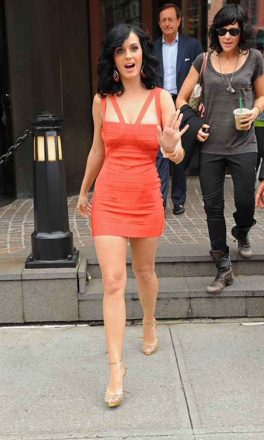 Katy Perry leaving her hotel in New York City. 8/24/10